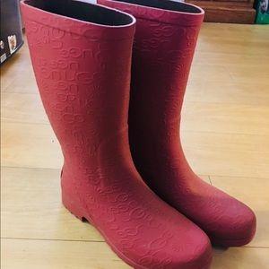 e7dd7a931b0 ‼️sale‼️Ugg wilshire rain boots size 6